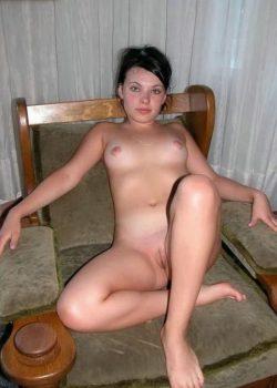 Девушка ищет девушку в Рязани для секса без отношений, хочу ласки и общения